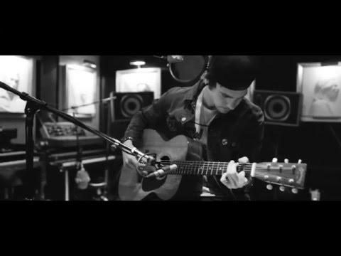 Matthew Koma and Flux Pavilion - 'Emotional' (Acoustic)