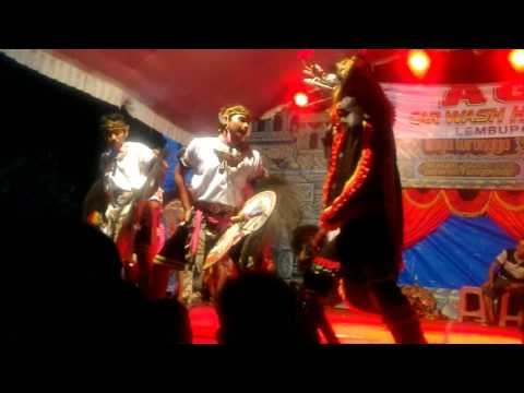 BayuTuronggo East Java culture Tari Jaranan Yang menawan