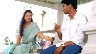 Manasantha Nuvve Songs - Kita Kita Talupulu - Uday Kiran, Reema Sen