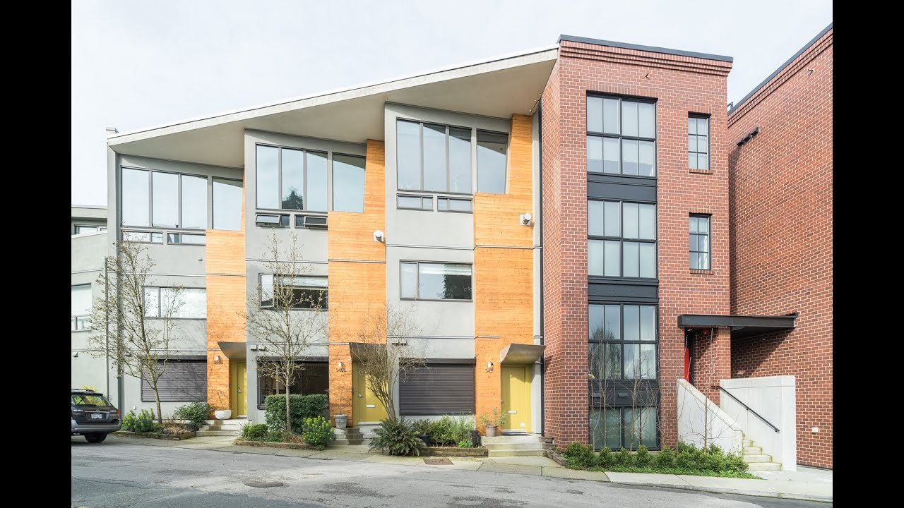3455 porter street vancouver modern townhouse trout for Modern townhouse