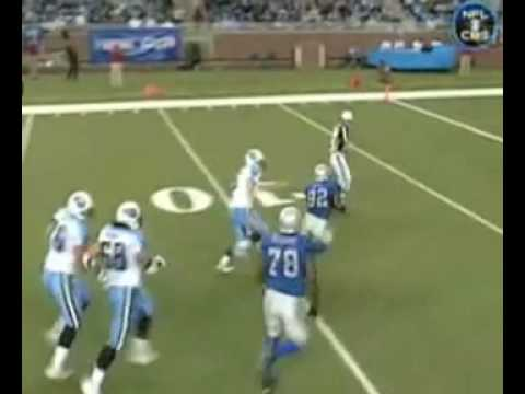 Cliff Avril strips Kerry Collins