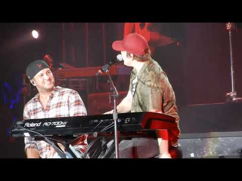 Luke Bryan/Gavin DeGraw ~ I Don't Want To Be / American Woman ~ Crash My Playa ~ Mexico ~ 01/26/2019