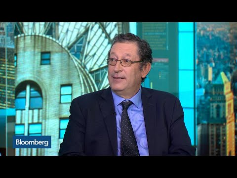 Global Economy Looks to Be at a Turning Point, Blanchflower Says