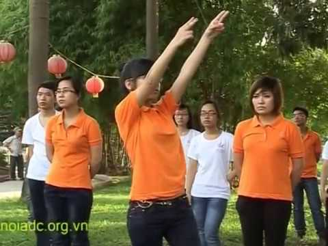 Tách nhịp + nhảy Dân vũ: Raya Sarang - Hanoi ADC