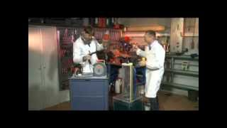 видео 6 лучших автомобильных пылесосов