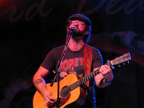 Tony Lucca sings