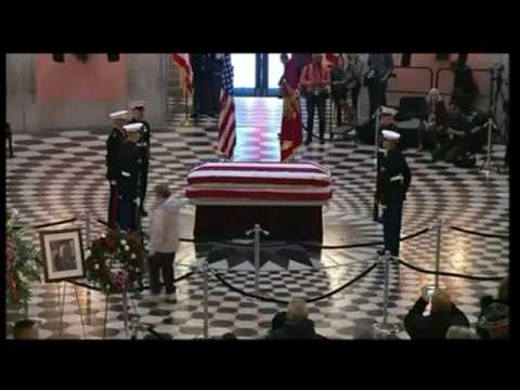 John Glenn lies in state at Ohio's capitol building