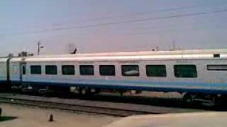 A'bad-Mumbai Shatabdi overtaking ADI-Pune Special