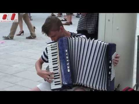 ★ Anton (Slovakia). Accordion. Vienna Street Performers by RussianAustria (Full HD)