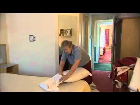 Saving water & energy in hotels - linen reuse (Turkish)