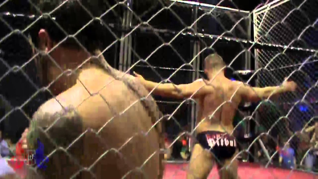 STEEL CAGE MATCH Babyface Pitbull Vs Dylan Roberts - Welsh Wrestling -  British Wrestling