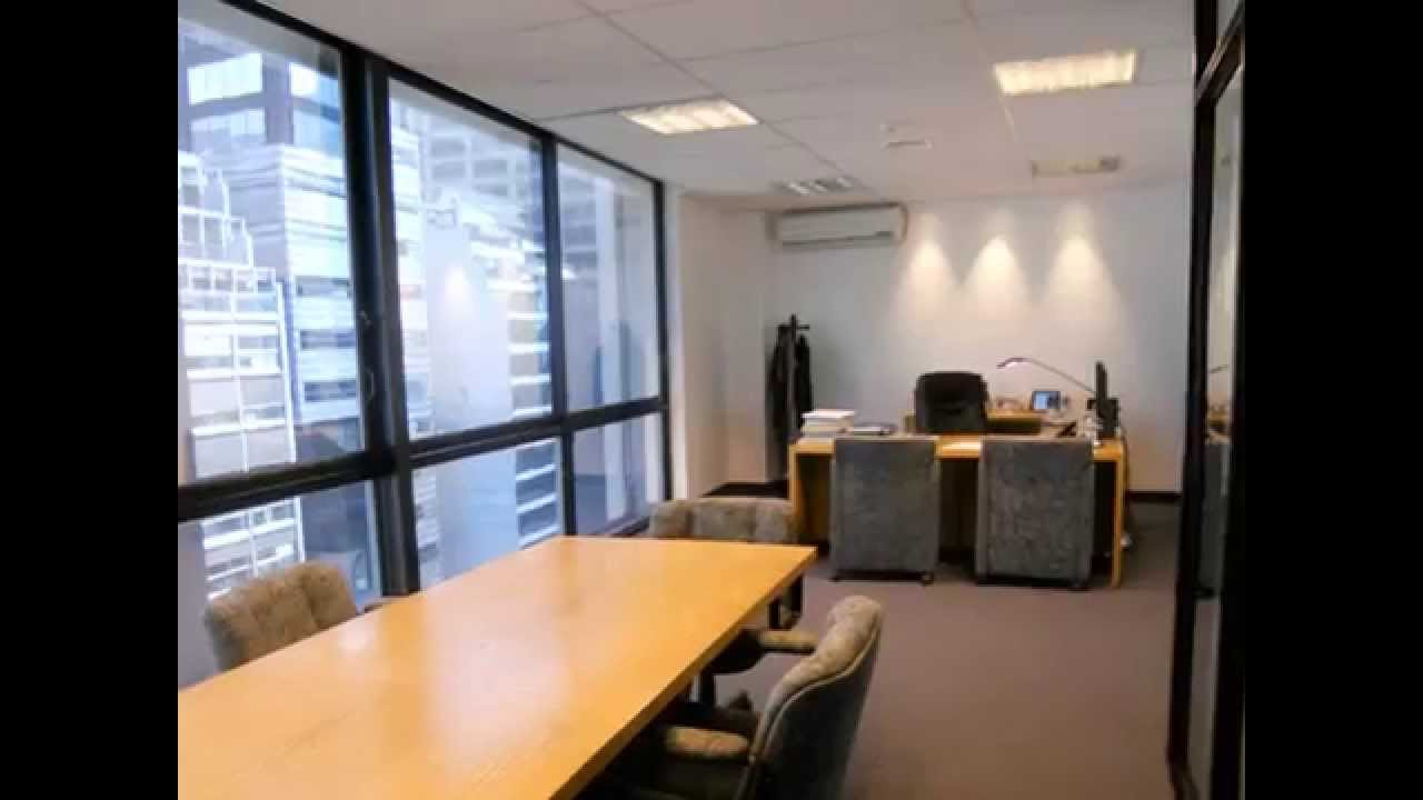 Dise o de interiores oficinas youtube for Diseno oficina