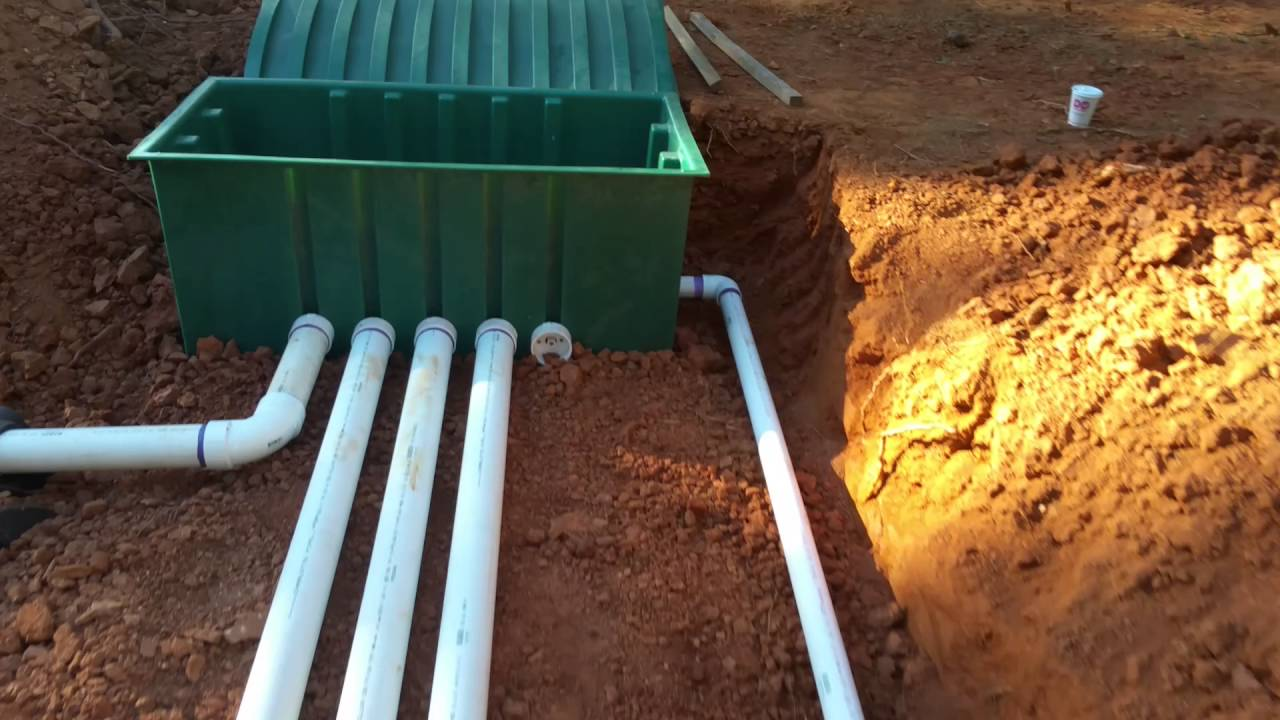 Anatomy of a septic field - YouTube