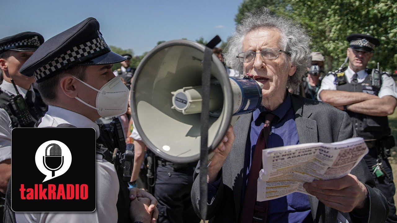 """Piers Corbyn: """"I'm not going to wear a mask at all... it's complete madness"""""""
