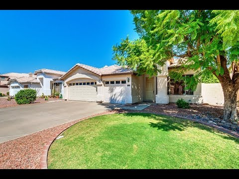 1144 E Tremaine Ave, Gilbert AZ in Cayman Square by Fulton Homes