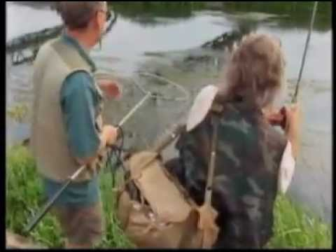 RAY WALTON - 'ANGLING ADVENTURES' with ANDY LITTLE - SKY SPORTS - ROLLING MEAT - HAMPSHIRE AVON