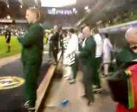 Celtic winning the league at tannadice 3