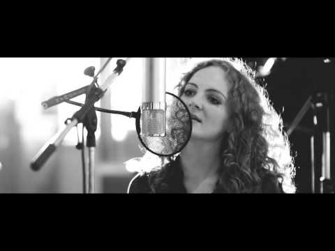 Robyn Stapleton - Ae Fond Kiss