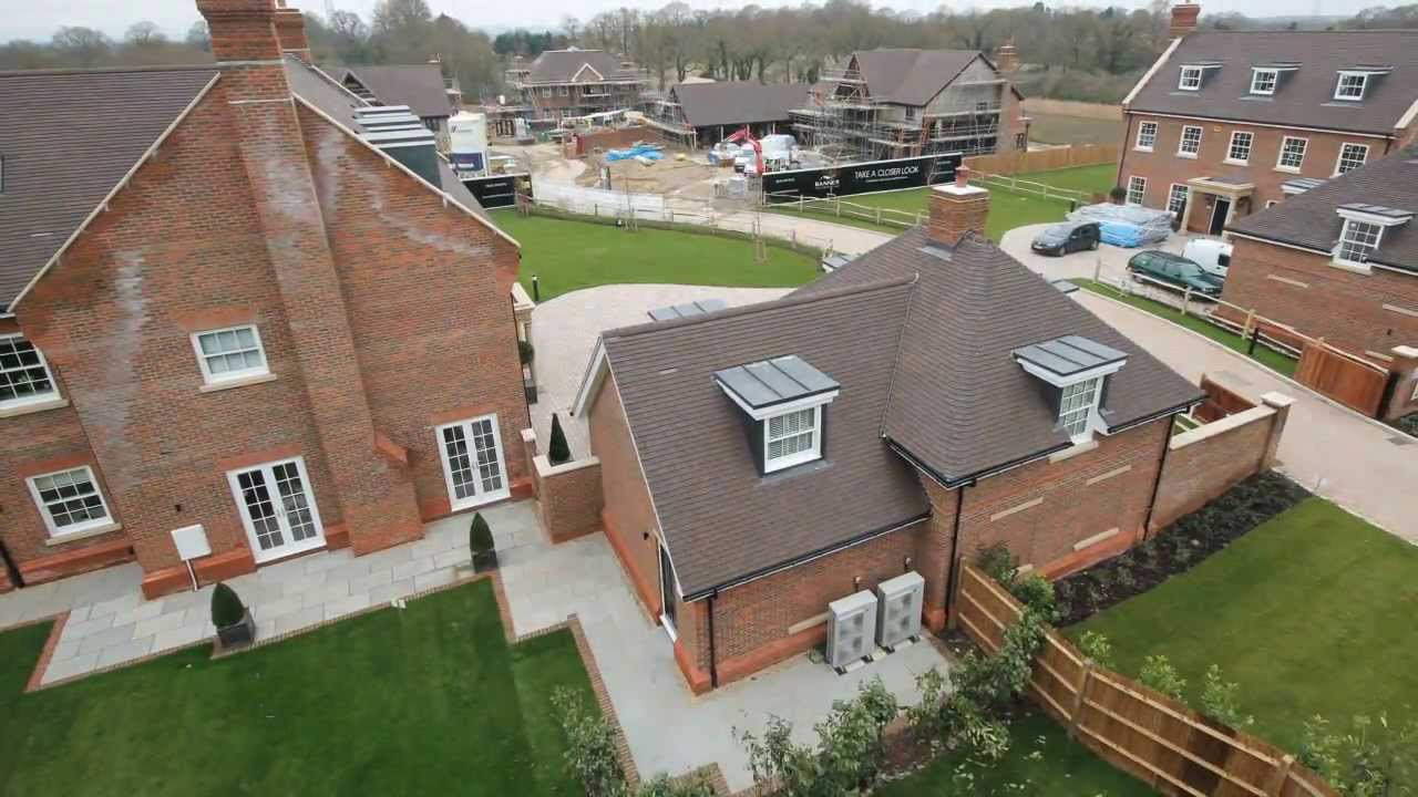 House building time lapse kinsbrook brooks green for What to consider when building a house