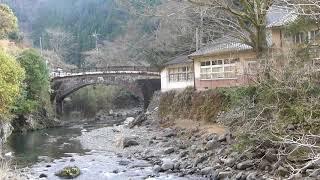 熊本県八代市東陽町河俣保育園の石橋