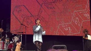 Jaden Smith & Willow Smith MSFTS Live @ Wireless Festival 2015