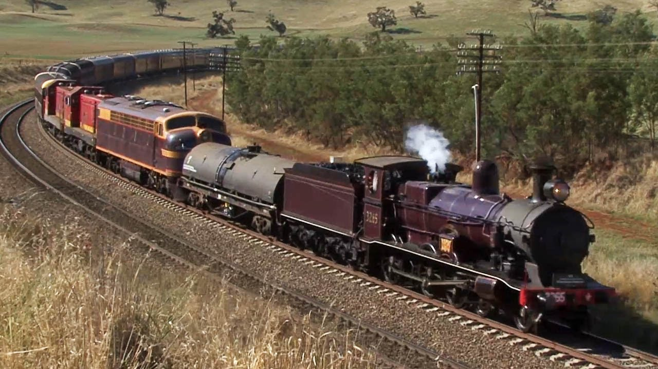 steam train to the riverina 3265 to junee australian trains youtube