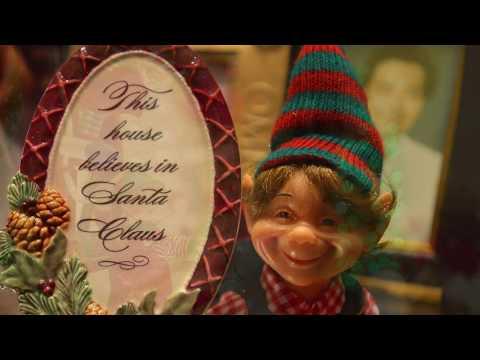 Clem Viñas - Tis the Spirit of the Season - in Millwood Square