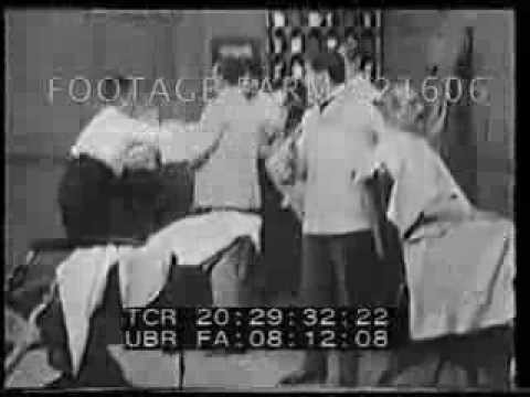 The Italian Barber 221606-16 | Footage Farm