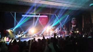 Ceza - ben ağlamazken (mersin kongre sarayı konser