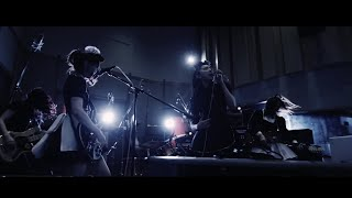 BAND-MAID / alone
