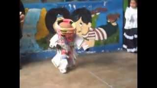 niño baila danza de tijeras de andamarca