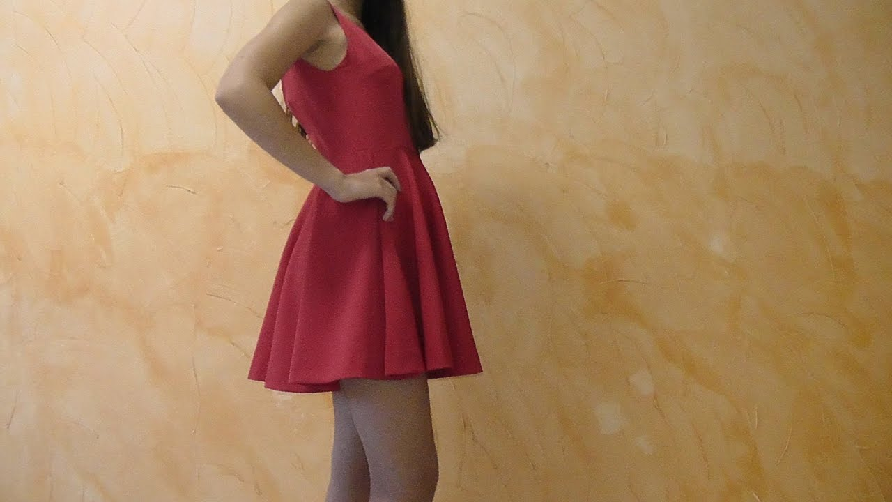 Tutorial:VESTIDO DE FALDA DE CAPA - YouTube