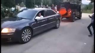 Toshan - Audi Car V/S Land Rover.... Vekho Audi Di Power....