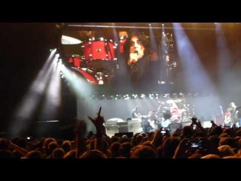 Foo Fighters  -  Requiem (Killing Joke cover) with Jaz Coleman Live in Prague 27.06.2017