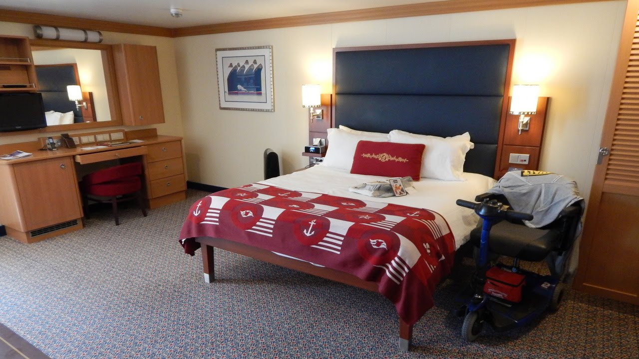 Disney Dream Sofa Bed Sleeper Labor Day Sale Fantasy Handicapped Accessible Stateroom 5552 Youtube