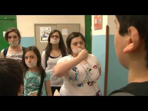 """Trailer """"Parlane..."""" (Piccola Accademia dei Talenti) Soggetto e Regia: Simona D'Angelo"""