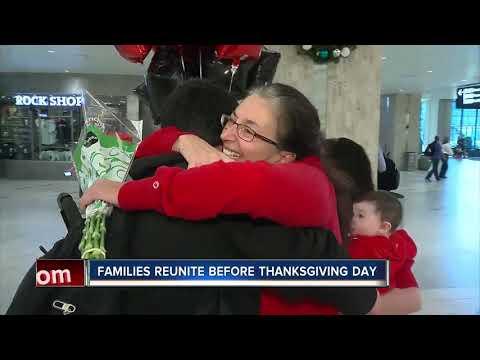 Mom and son reunite at Tampa International Airport for Thanksgiving holiday