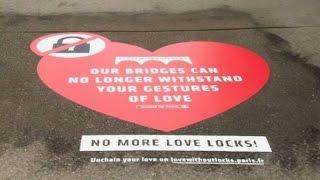 Селфи вместо «замков любви» — власти Парижа спасают мосты от туристической традиции (новости)