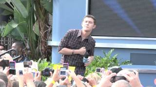 "Scotty McCreery sings ""I Love You This Big"" at Disney World American Idol"