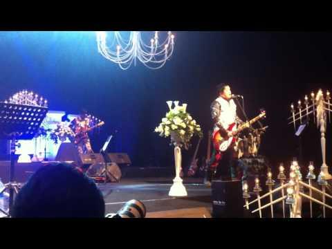 KOIL - Dan Cinta Kita Terlupakan [Live - Akustik Recital 2012]