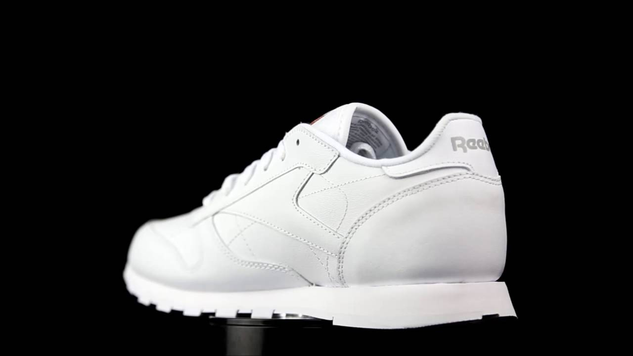 94c951960a5 Reebok Classic Leather white. - YouTube