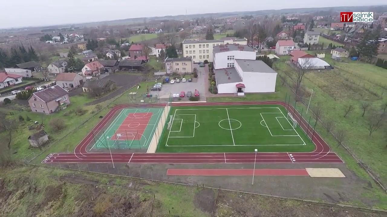 Dwie szkoły w gminie Nowy Korczyn zyskały nowe boiska sportowe