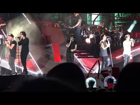 One Direction wwa tour live in Chicago full concert - aug 29th 2014