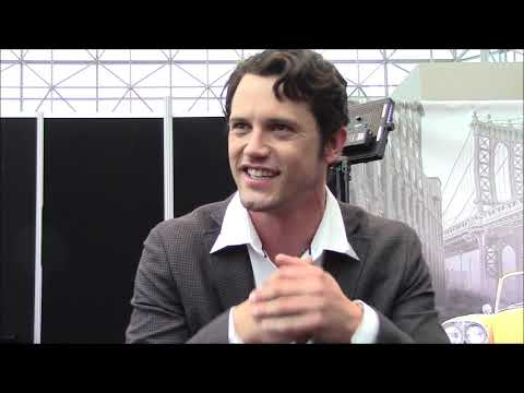 'Roswell, New Mexico' Series - Nathan Parsons Interview (NYCC)