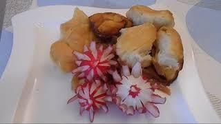 Штрудель на капусте с мясом(по моему). Кухня русских немцев.Украшения блюд- цветы из редиса.