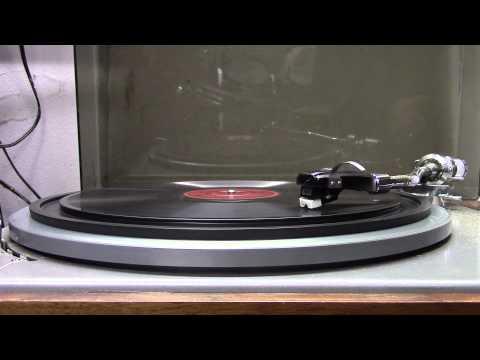Lou Bandy op Parlophone record: Juffrouw van Dalen heeft een hoedje gekocht. (1935).