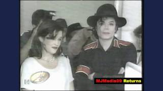 Video Nov. '96 Michael marries a 6 month pregnant, Debbie Rowe, after Lisa Marie Divorce download MP3, 3GP, MP4, WEBM, AVI, FLV November 2018