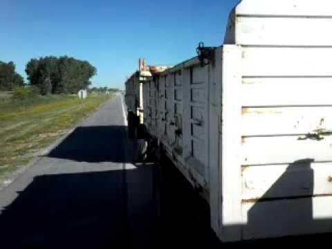 Ford Cargo 1722e Prosional Tirando Canbios 2 Youtube