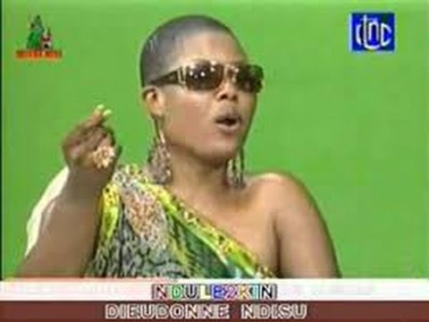 Cindy le COEUR a zui problème na musique, pardon MOPAO ko zua DIANE na latino te, mobimba ya CINDY.