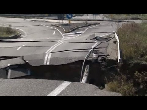 Landslide in southern Italy pulls roads from the ground